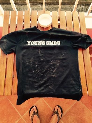 Sweaty tee shirt, Albania