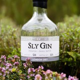 Haven Distillery Sly Gin Hereford product lifestyle photography photographer 5242