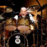 Mick Fleetwood still has what it takes to beat out the blues