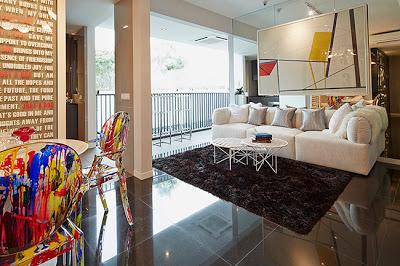 Sky Vue - Living room