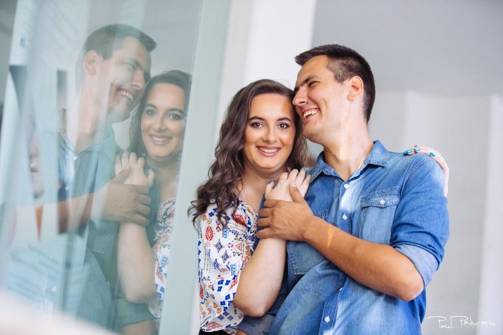 Cristina si Razvan sedinta foto logodna iasi fotograf profesionist paul padurariu