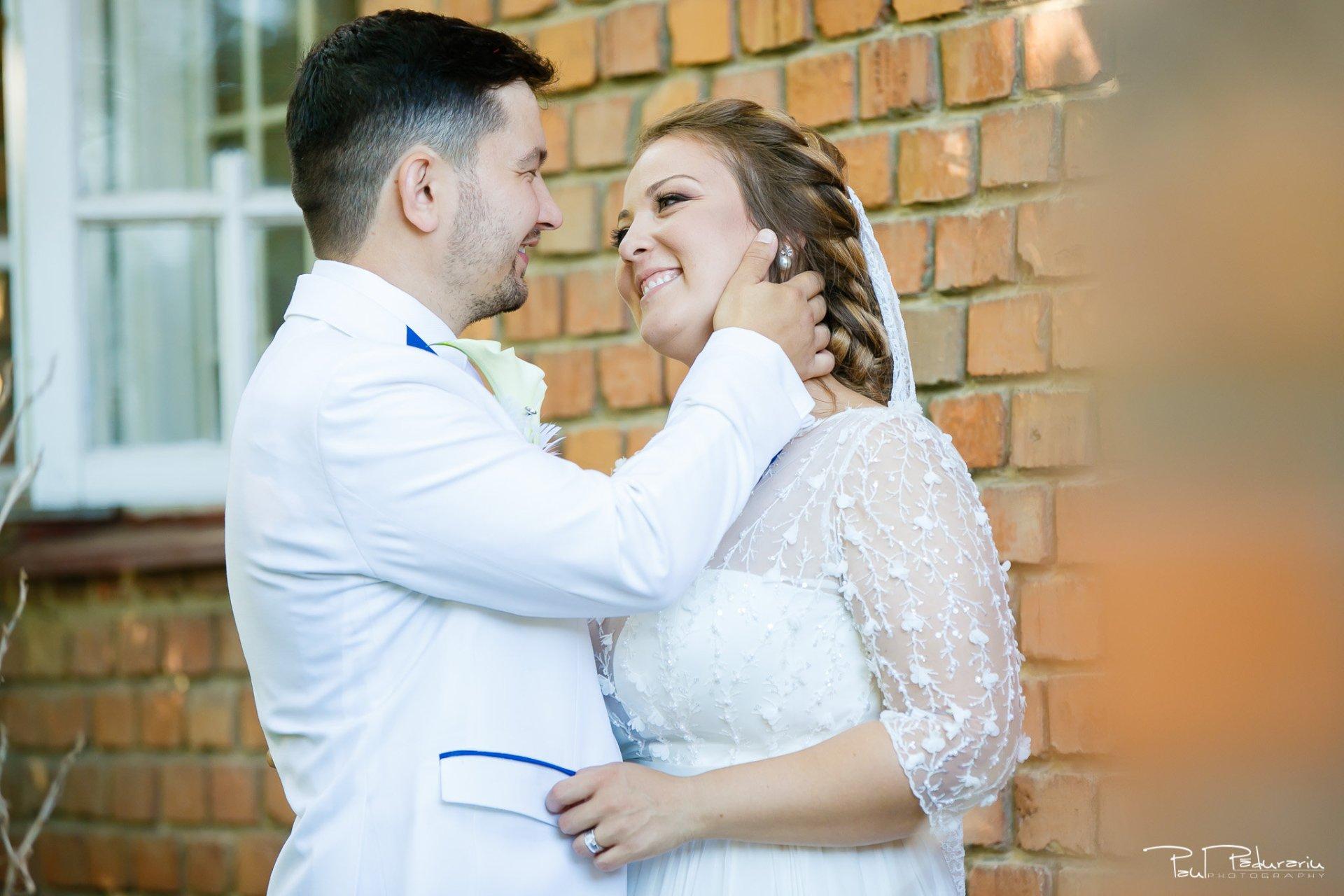 Sedinta foto nunta Ema si Tudor fotograf profesionist de nunta iasi www.paulpadurariu.ro © 2017 Paul Padurariu potret mire mireasa tandru