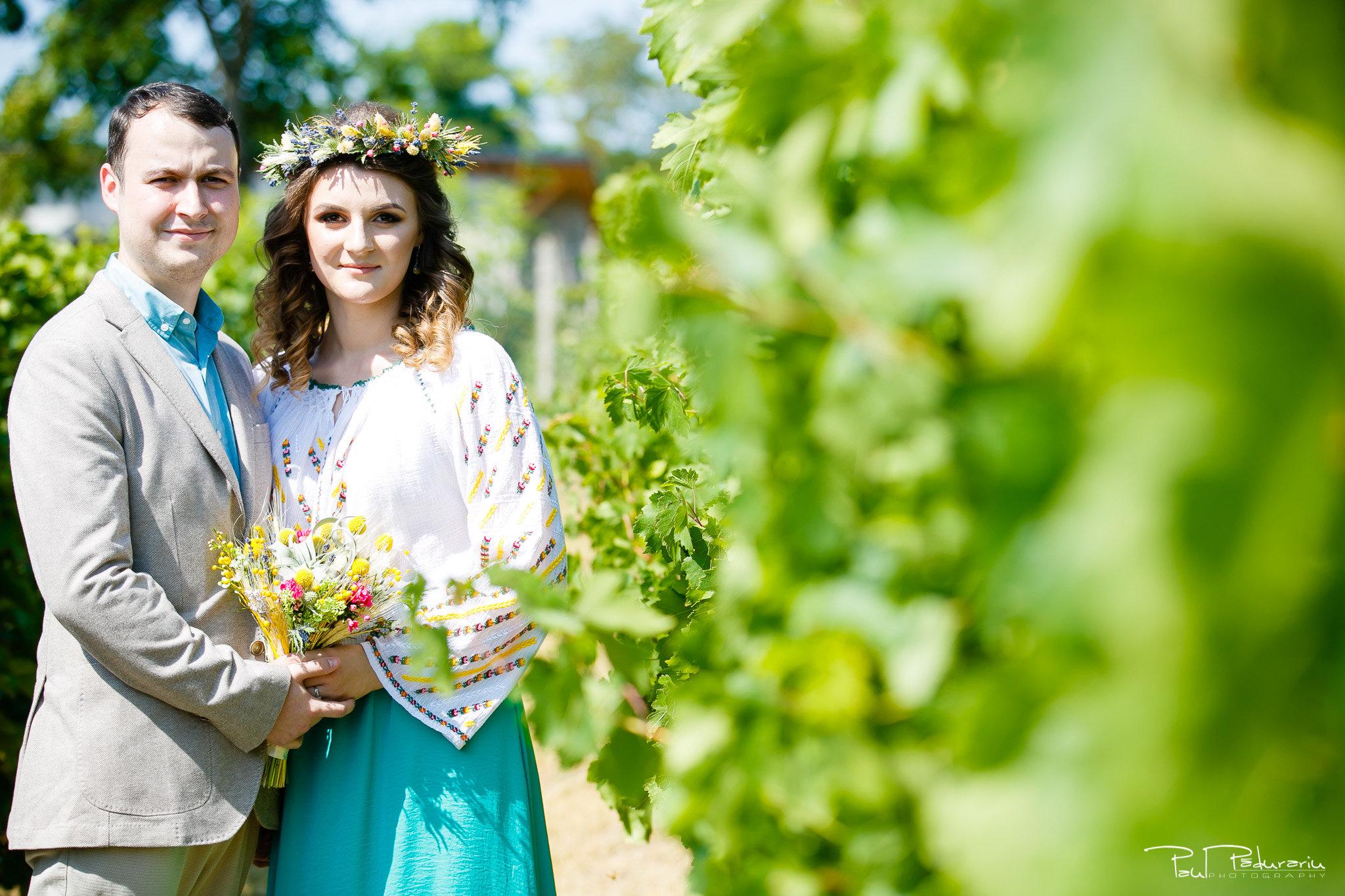 Alexandra si Vlad cununie civila Rediu sedinta foto in vie fotograf de nunta iasi www.paulpadurariu.ro © 2017 Paul Padurariu
