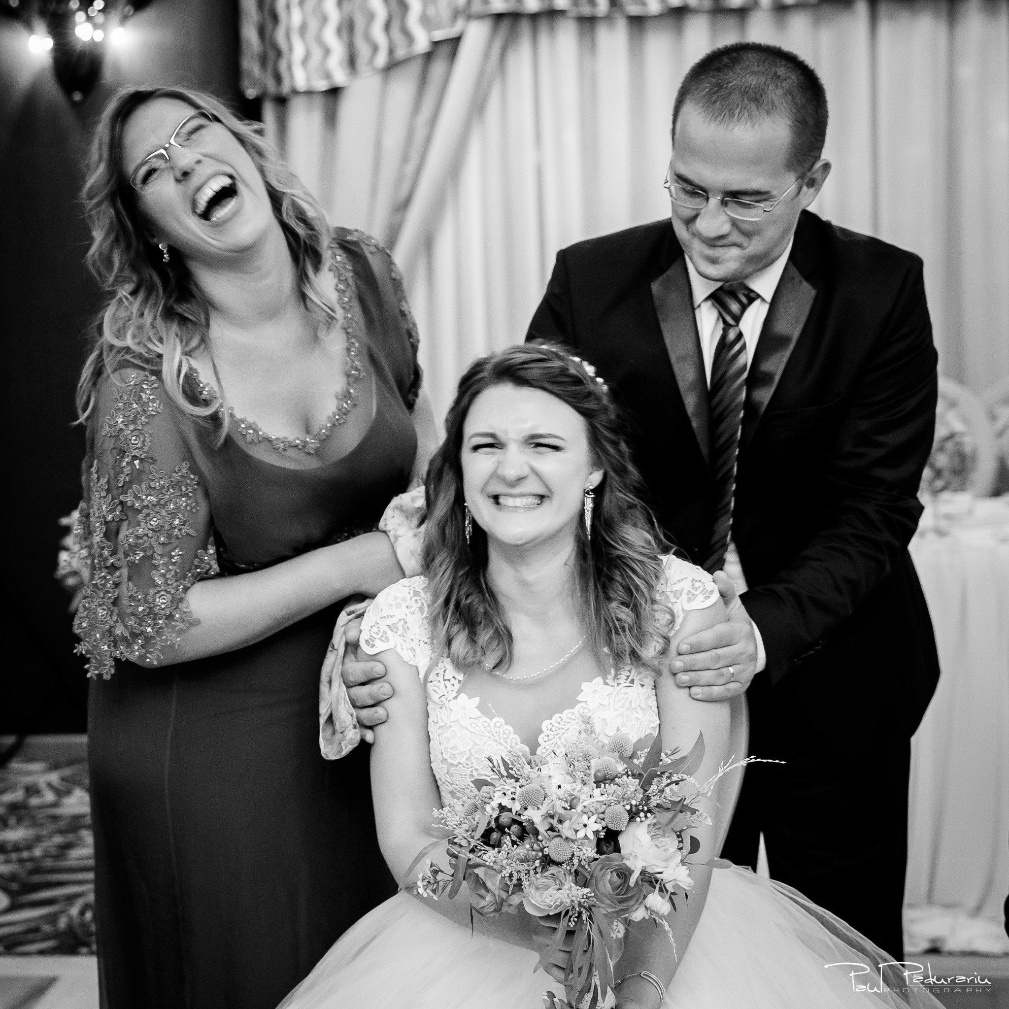 Nunta la Pleiada Iasi Alexandra si Vlad desbrobodit mireasa 1 www.paulpadurariu.ro © 2017 Paul Padurariu fotograf de nunta iasi