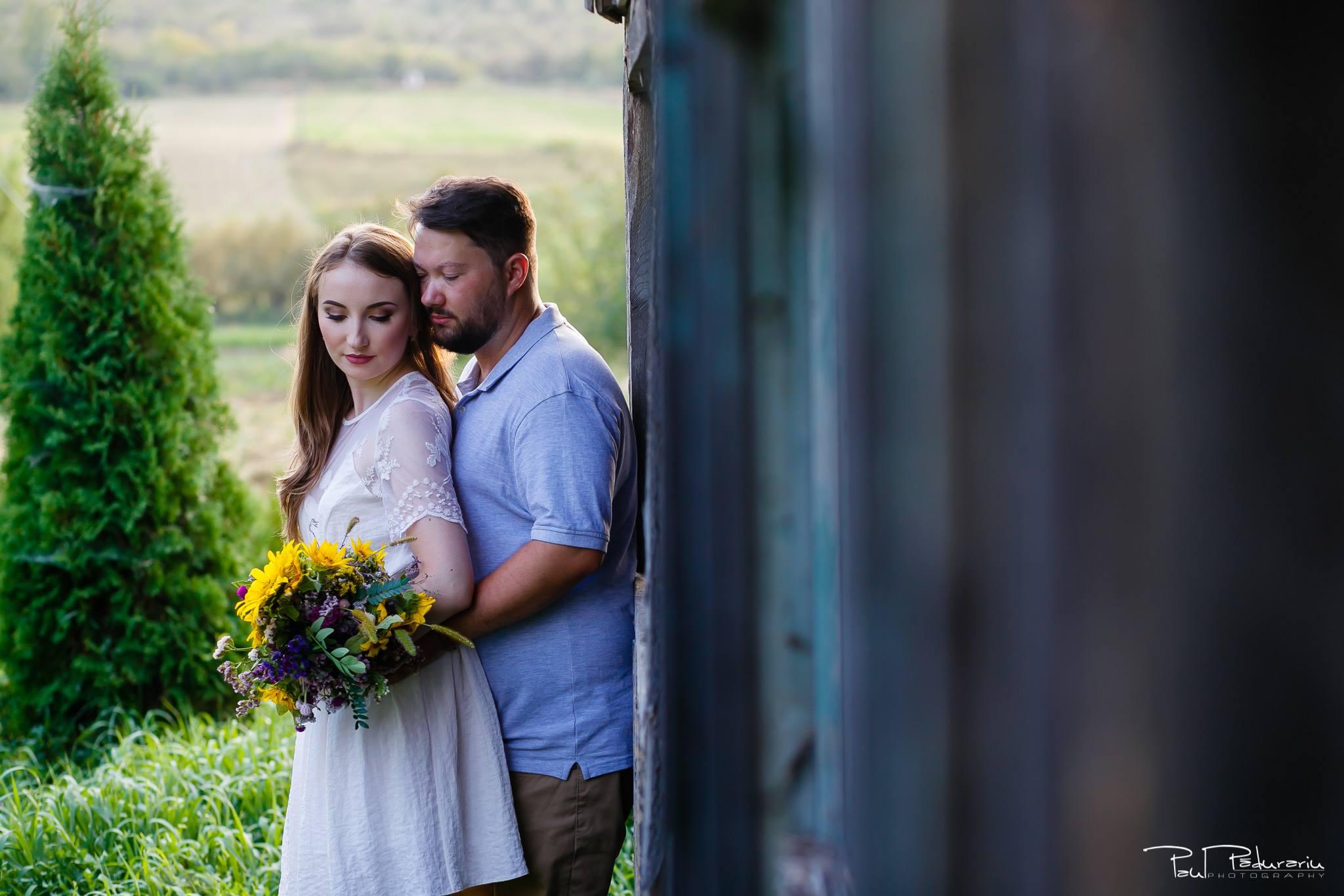 Larisa si Vlad sedinta foto de logodna Iasi - fotograf nunta Iasi Paul Padurariu