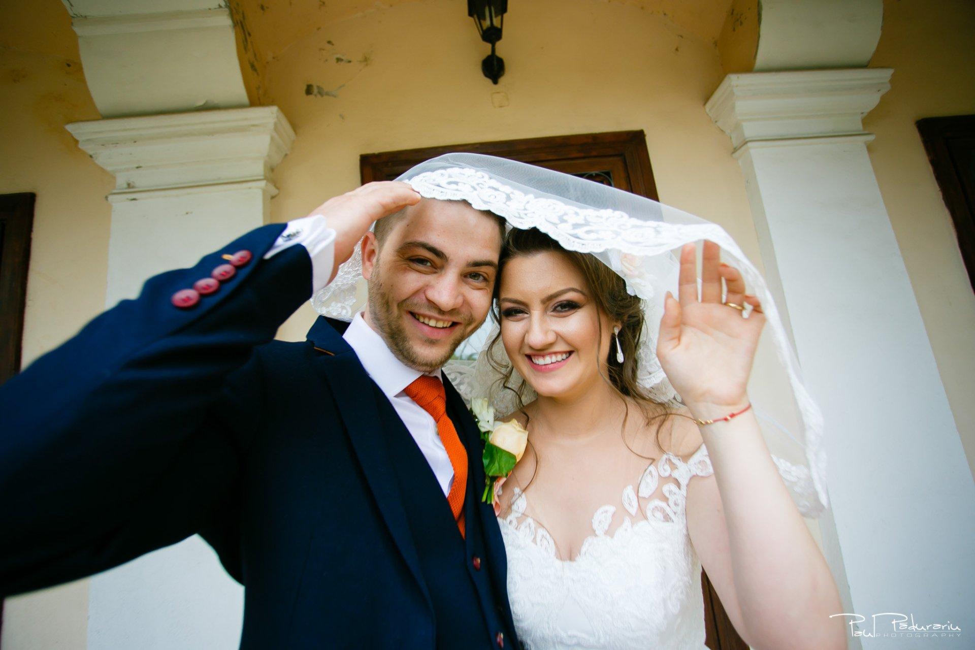 Emotie Ariadna si Iulian sedinta foto nunta Iasi www.paulpadurariu.ro © 2017 Paul Padurariu