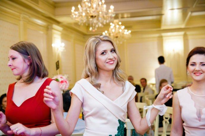 Loredana si Ciprian poze invitati fotograf profesionist nunta Iasi www.paulpadurariu.ro © 2017 Paul Padurariu