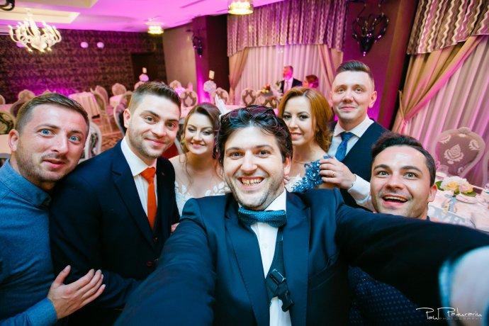 Ariadna si Iulian petrecere fotograf nunta Iasi www.paulpadurariu.ro © 2017 Paul Padurariu