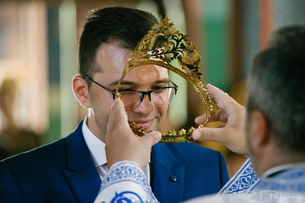 georgiana si daniel cununia religioasa biserica sf iulian din tars fotograf nunta iasi paul padurariu pregatiri miri www.paulpadurariu.ro 9