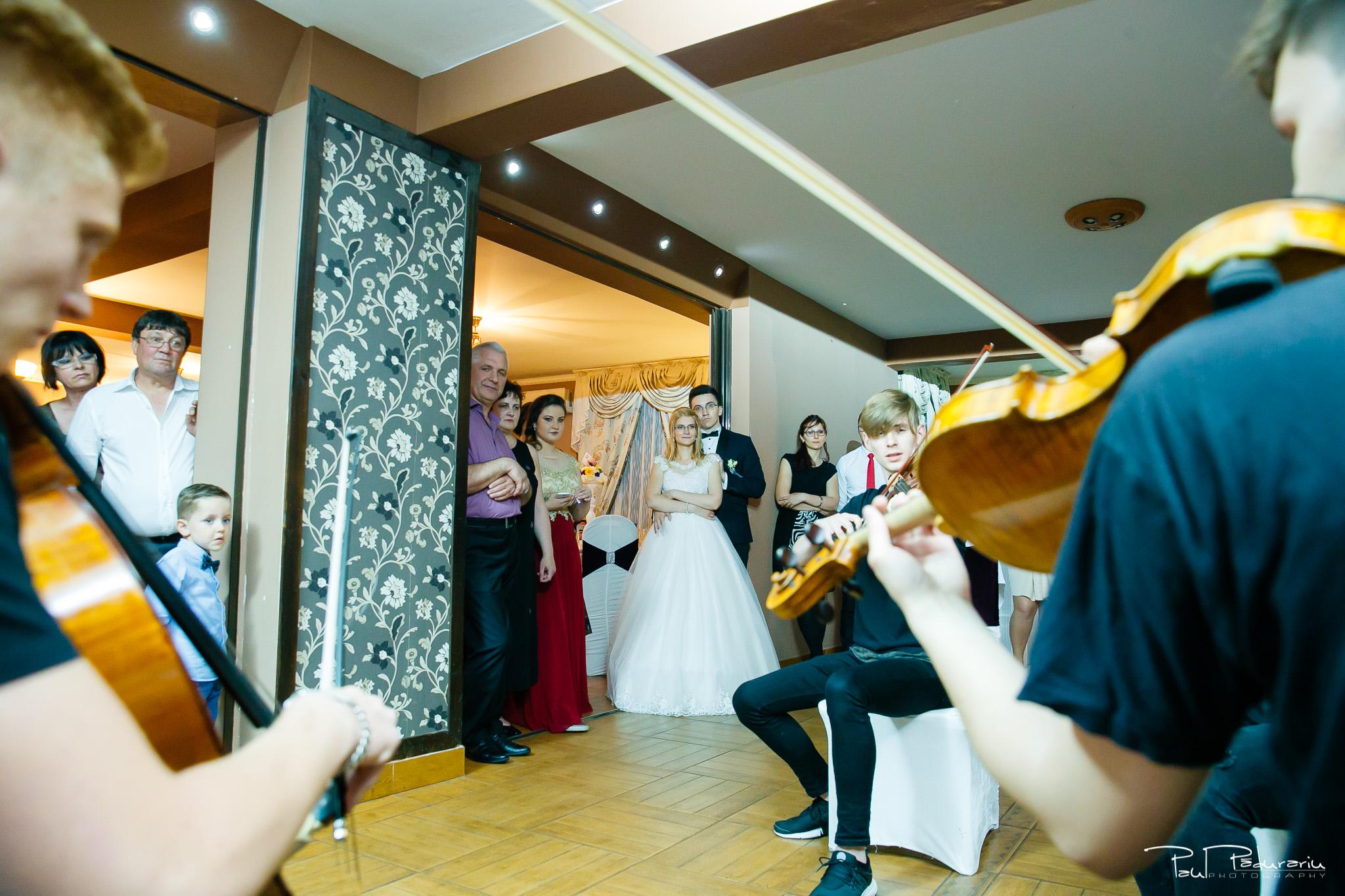 Anca si Razvan petrecere restaurant American Iasi - Paul Padurariu fotograf profesionist nunta iasi www.paulpadurariu.ro © 2018 Paul Padurariu moment artistic 2