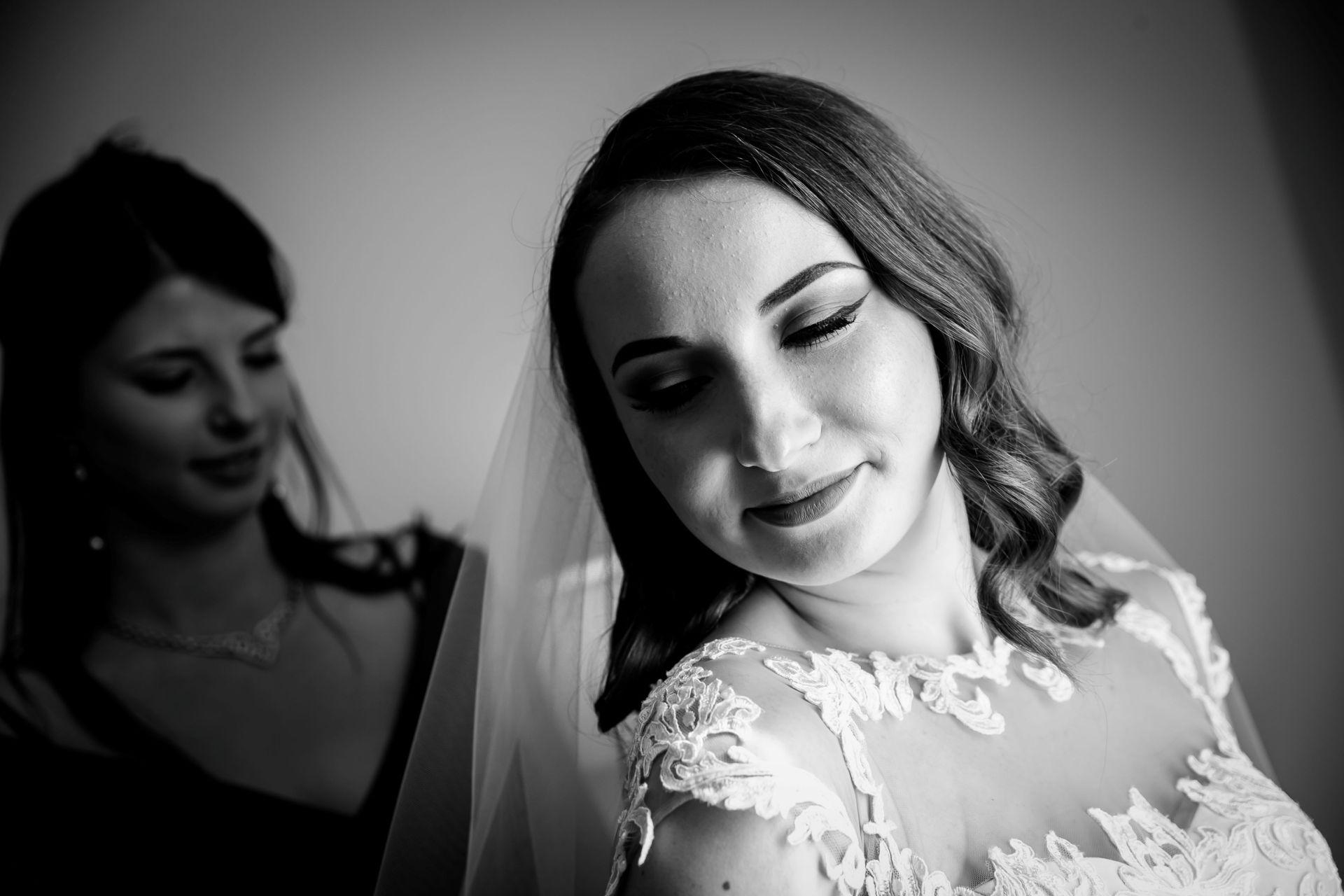 Larisa si Vlad - Nunta la Unirea - fotograf nunta iasi   fotograf profesionist Paul Padurariu 46