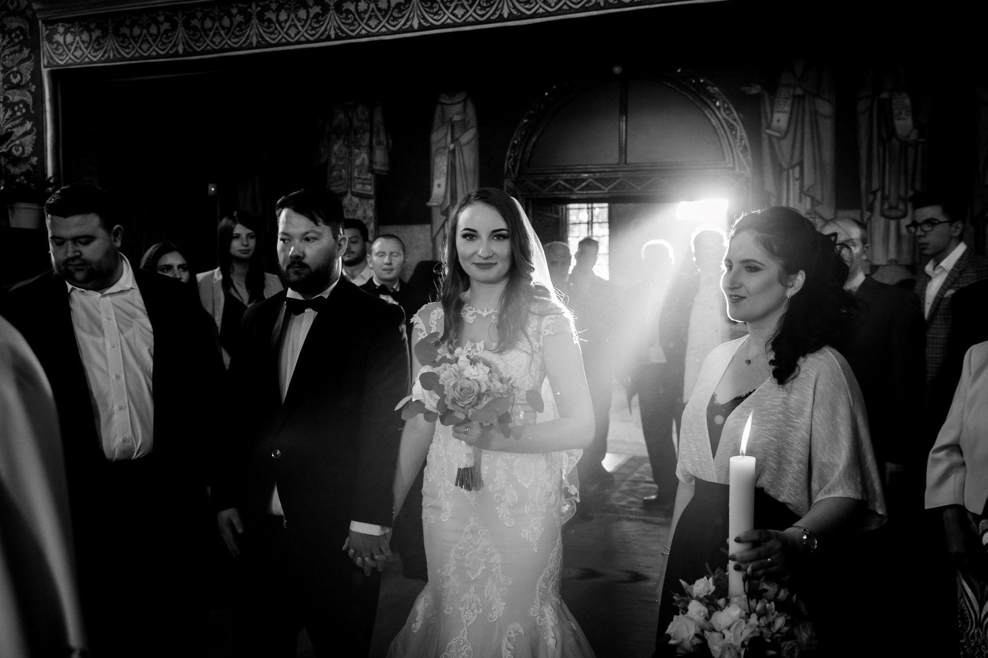 Larisa si Vlad - Nunta la Unirea - fotograf nunta iasi | fotograf profesionist Paul Padurariu 30