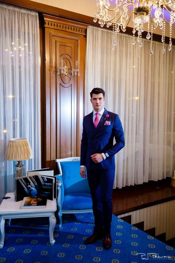 Seroussi | Producător și distribuitor de costume bărbătești colectia 2019 - costum mire - paul padurariu fotograf nunta iasi www.paulpadurariu.ro 34