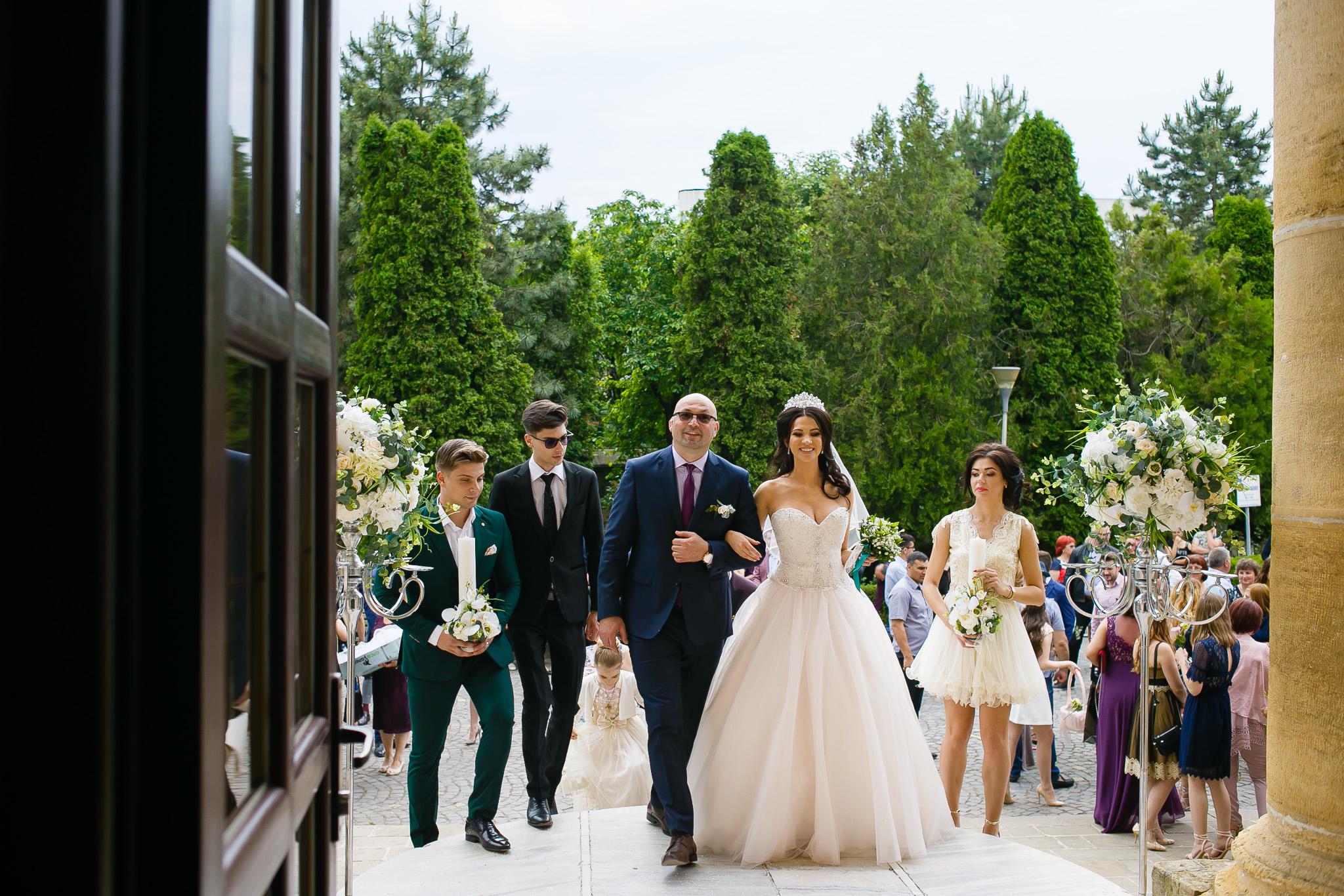 Larisa si Bogdan Nuntă la Pleiada fotograf profesionist nunta Iasi www.paulpadurariu.ro © 2018 Paul Padurariu cununia religioasa 2