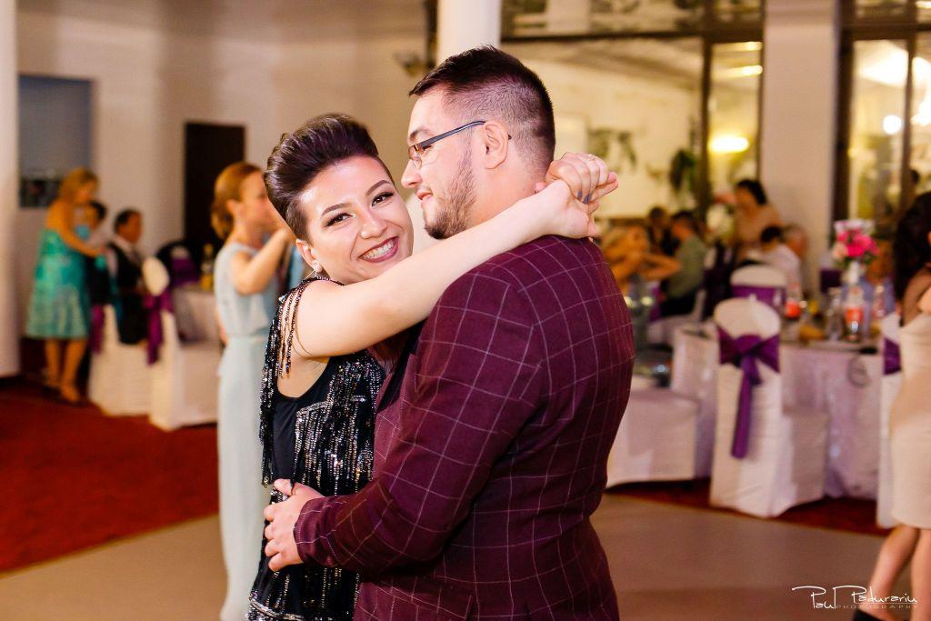 Diana Sebi nunta lavanda paul padurariu fotograf nunta Salon Regal Husi 13