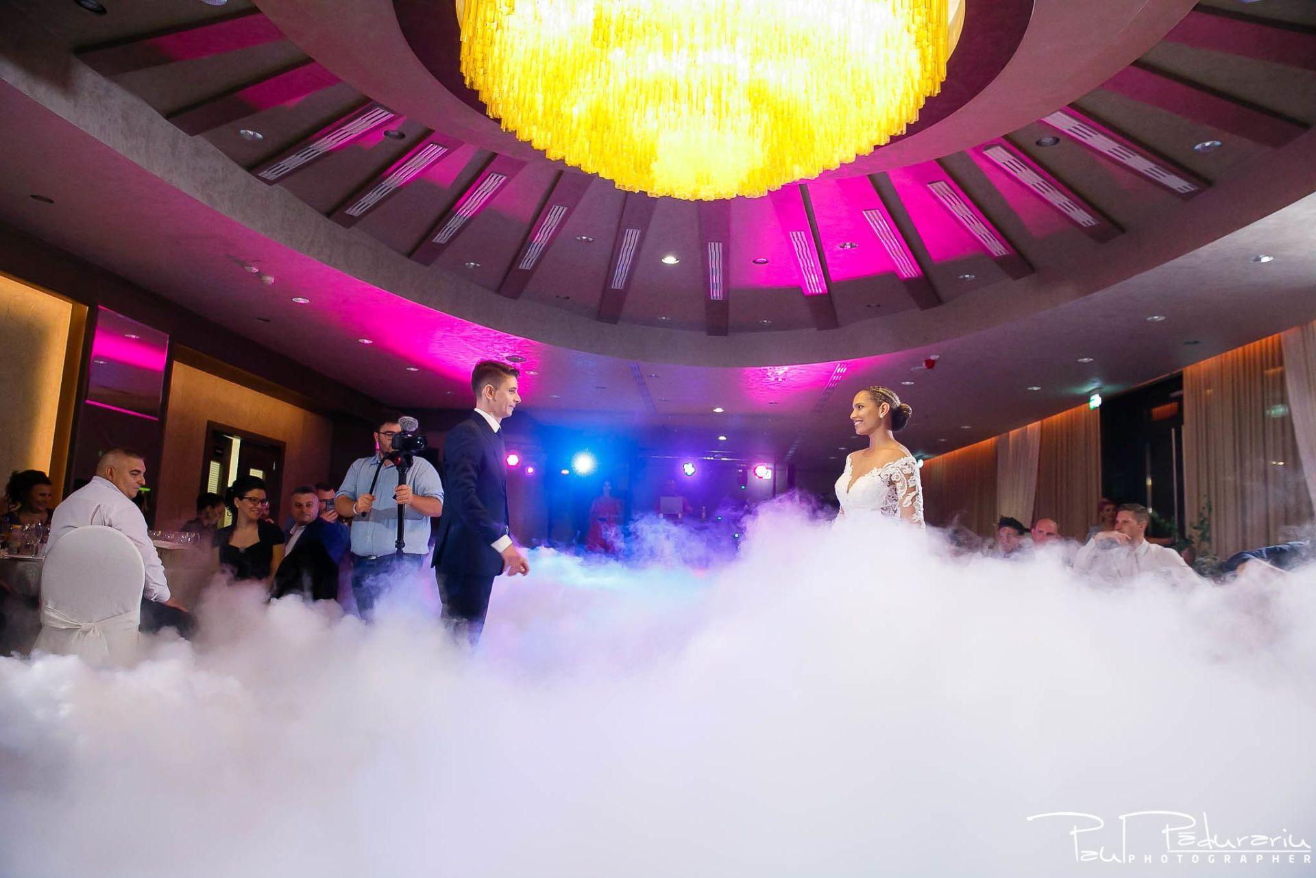 Andrei si Michaela petrecere miri nunta Congress Hall Iasi | fotograf nunta Iasi Paul Padurariu 3