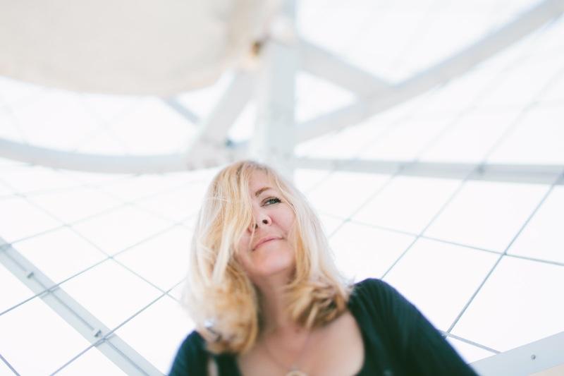 Erin Belieu Come-Hither Honeycomb