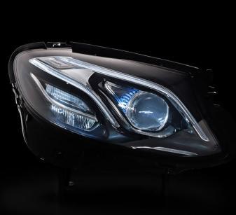 02-Mercedes-Benz-Innovation-E-Class-Multibeam-LED-headlamps-660x602a-660x602