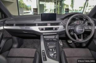 Audi_A4_Quattro_Int-2