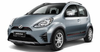 Perodua-Myvi-Toyota-Prius-c-1