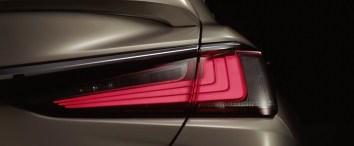 2019 Lexus ES Teaser Pics