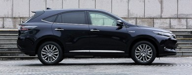 2014-Toyota-Harrier-02