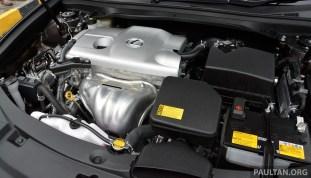 Lexus ES 250 and 300h 13