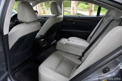Lexus ES 250 and 300h 5