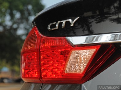 2014_Honda_City_preview_Thailand_ 054