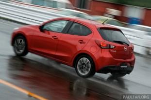 Mazda-2-15