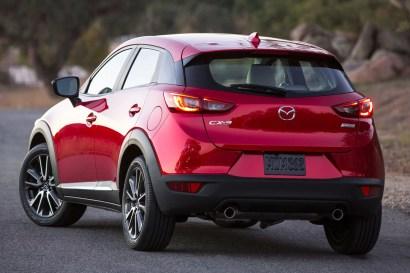 2015-Mazda-CX-3-012