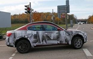 Maserati SUV mule 5 copy