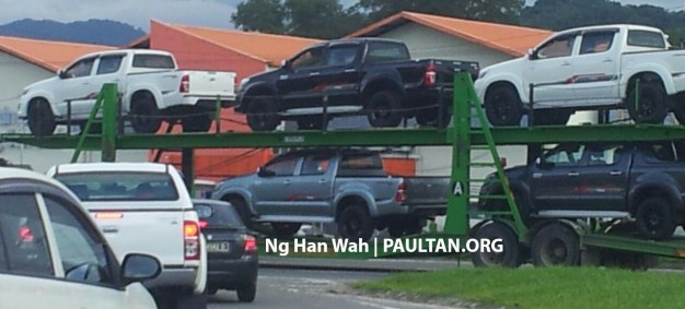 toyota-hilux-trd-sportivo-spotted-sabah-a