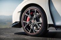 Honda Civic Type-RPhoto: James Lipman / jameslipman.comKaren Parry - UK