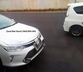 toyota-camry-facelift-spotted-on-road-malaysia-1 copy