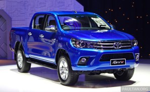 2016_Toyota_Hilux_gallery_Thailand_ 009