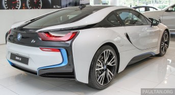 bmw-i8-showroom 5