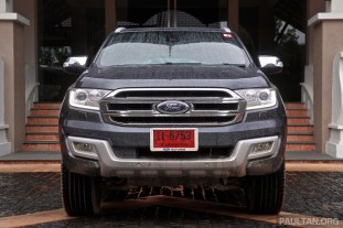 2015 Ford Everest 82