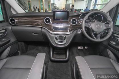 Mercedes-Benz V-Class 46