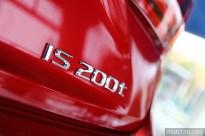 2015-lexus-is-200t-luxury-in-showroom- 015