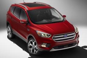 2017 Ford Escape Titanium-02