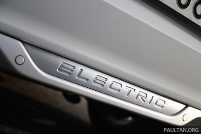2015-volvo-c30-electric-sweden- 055