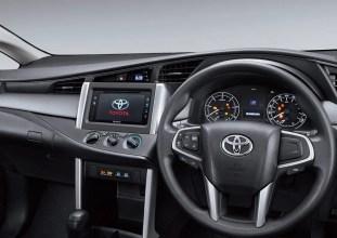 2016 Toyota Innova 8
