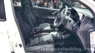 Honda-BR-V-Modulo-front-seat-at-the-2015-Thailand-Motor-Expo