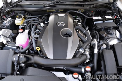 Lexus IS 200t Review 68