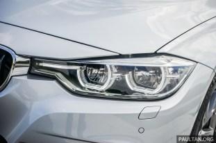 2016-BMW-330i-13