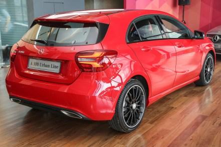 Mercedes_A180-10