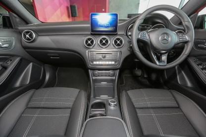 Mercedes_A180-20
