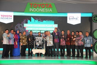 Toyota Karawang Engine Plant begins production 2
