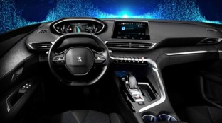 2016-peugeot-3008-interior-spy-1